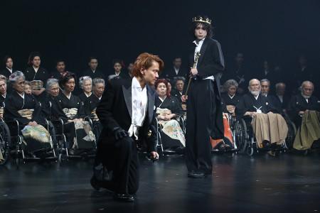 """""""Richard II"""" deschide Festivalul Internațional ShakespeareCitiți în Ziarul Metropolis"""
